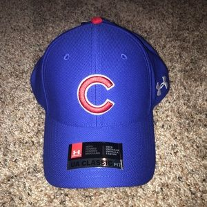NWT Cubs under armour hat